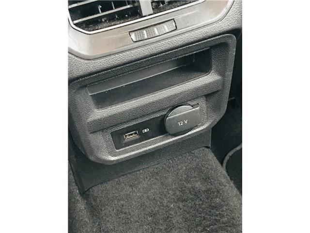 2018 Volkswagen Tiguan Trendline (Stk: LF010110) in Surrey - Image 27 of 30
