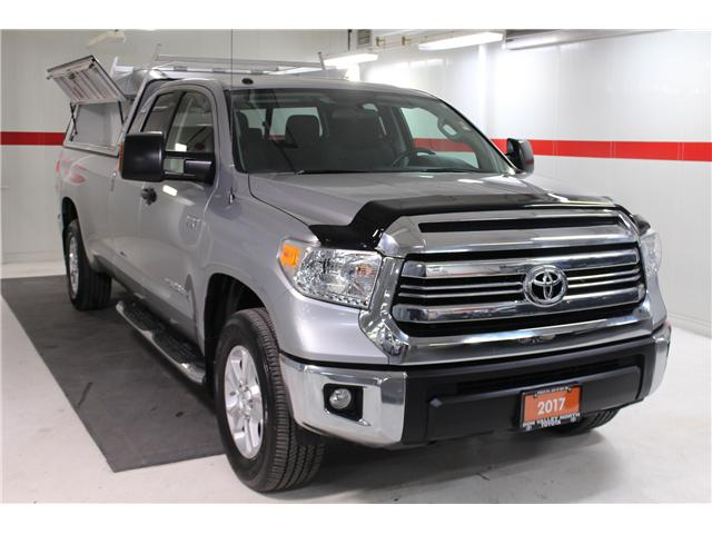 2017 Toyota Tundra SR5 Plus 5.7L V8 (Stk: 297823S) in Markham - Image 2 of 27