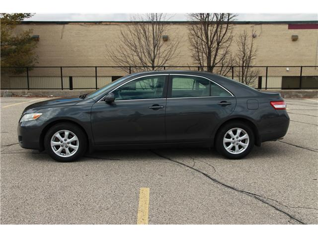 2011 Toyota Camry LE V6 (Stk: 1904133) in Waterloo - Image 2 of 24