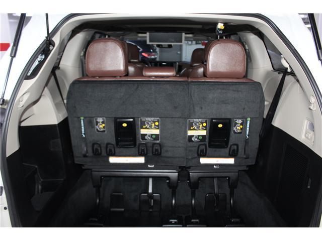 2017 Toyota Sienna XLE 7 Passenger (Stk: 297851S) in Markham - Image 25 of 29