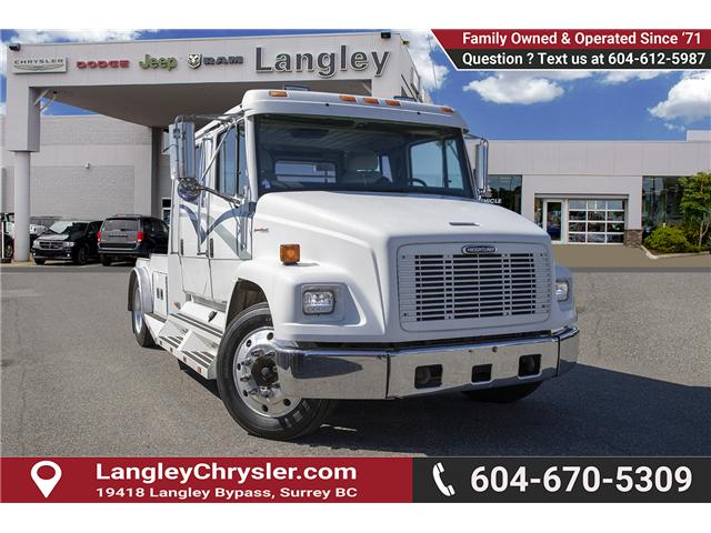 2001 Freightliner 5500 Chassis ST/SLT (Stk: EE901950) in Surrey - Image 1 of 23