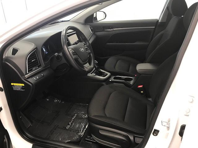 2017 Hyundai Elantra  (Stk: 198676) in Lethbridge - Image 14 of 27