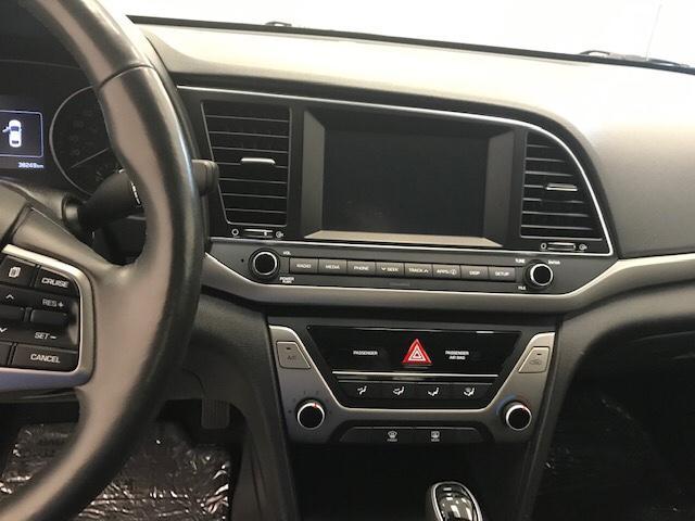 2017 Hyundai Elantra  (Stk: 198676) in Lethbridge - Image 18 of 27