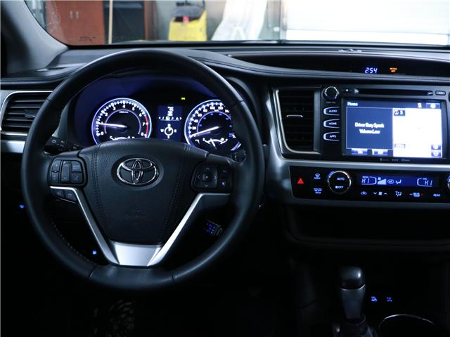 2016 Toyota Highlander XLE (Stk: 195229) in Kitchener - Image 7 of 30
