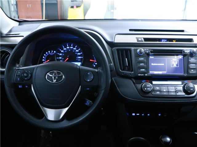 2014 Toyota RAV4 XLE (Stk: 195242) in Kitchener - Image 7 of 28