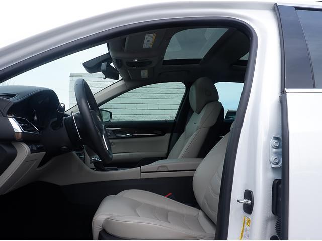 2018 Cadillac CT6 3.0L Twin Turbo Premium Luxury (Stk: P18009) in Peterborough - Image 11 of 18