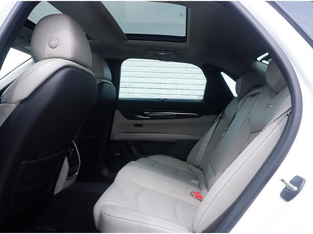 2018 Cadillac CT6 3.0L Twin Turbo Premium Luxury (Stk: P18009) in Peterborough - Image 13 of 18