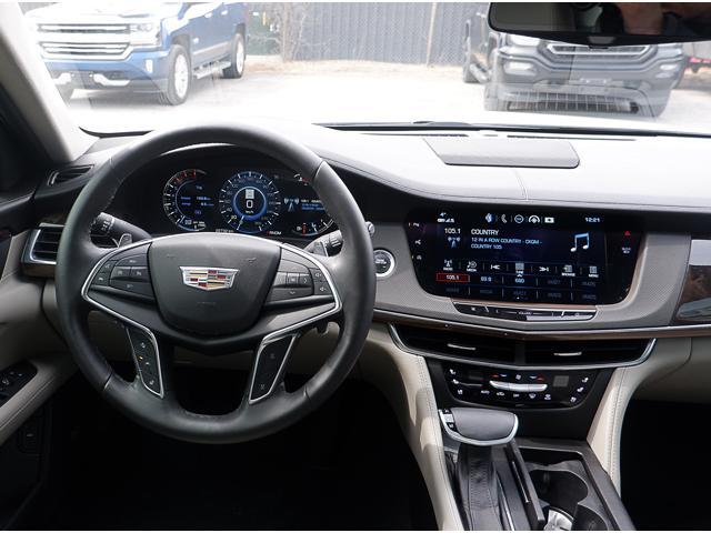 2018 Cadillac CT6 3.0L Twin Turbo Premium Luxury (Stk: P18009) in Peterborough - Image 16 of 18