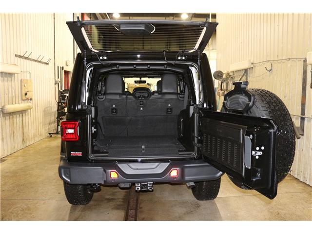 2019 Jeep Wrangler Unlimited Sahara (Stk: KT051) in Rocky Mountain House - Image 11 of 27