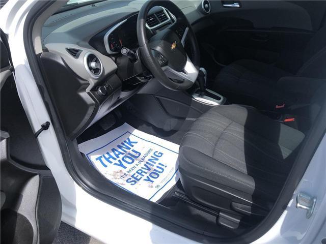 2018 Chevrolet Sonic LT Auto (Stk: 46555r) in Burlington - Image 13 of 23