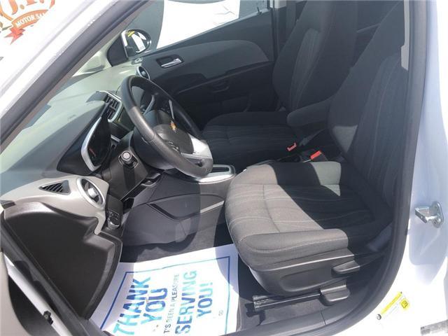 2018 Chevrolet Sonic LT Auto (Stk: 46555r) in Burlington - Image 14 of 23