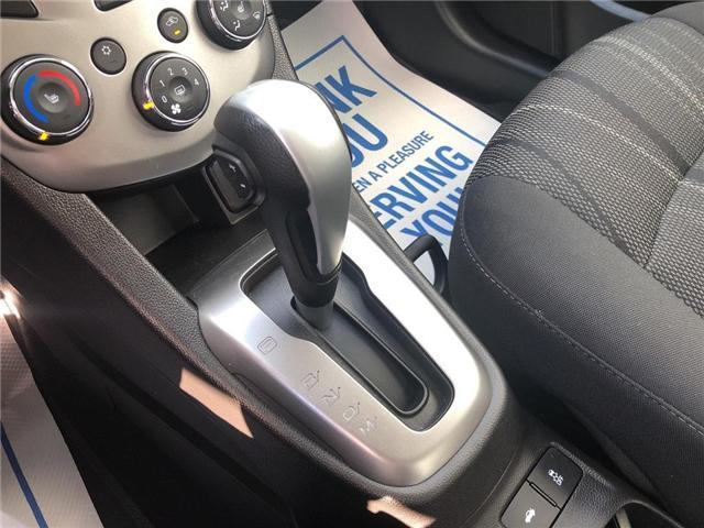 2018 Chevrolet Sonic LT Auto (Stk: 46555r) in Burlington - Image 17 of 23