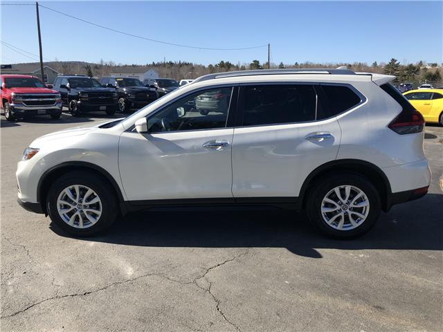 2018 Nissan Rogue SV (Stk: 10319) in Lower Sackville - Image 2 of 20