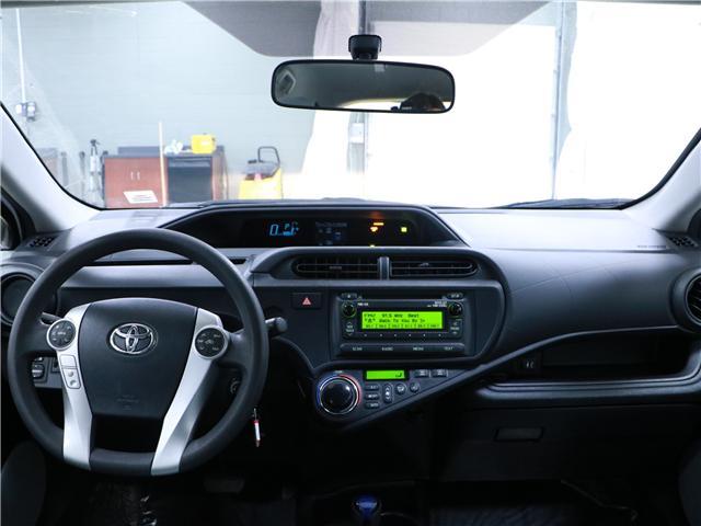 2014 Toyota Prius C Base (Stk: 195235) in Kitchener - Image 6 of 27