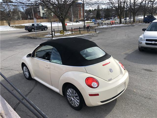 2008 Volkswagen New Beetle 2.5L Trendline (Stk: ) in Ottawa - Image 2 of 14