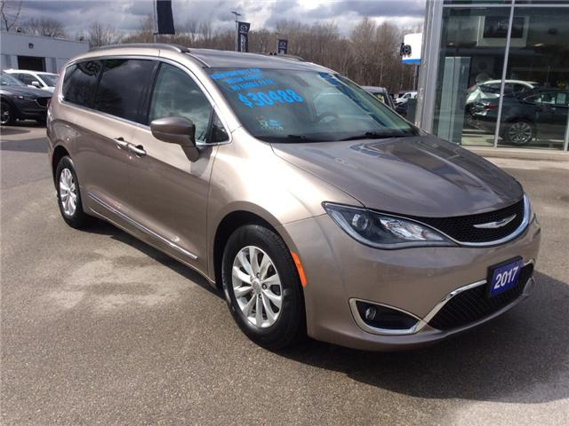 2017 Chrysler Pacifica Touring-L (Stk: 03230P) in Owen Sound - Image 2 of 21