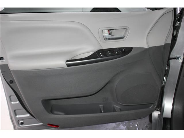 2015 Toyota Sienna LE 7 Passenger (Stk: 297850S) in Markham - Image 5 of 25