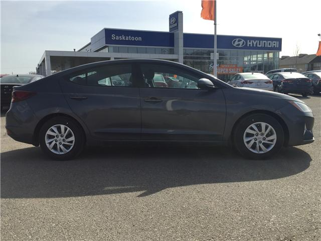 2019 Hyundai Elantra ESSENTIAL (Stk: 39054) in Saskatoon - Image 2 of 24