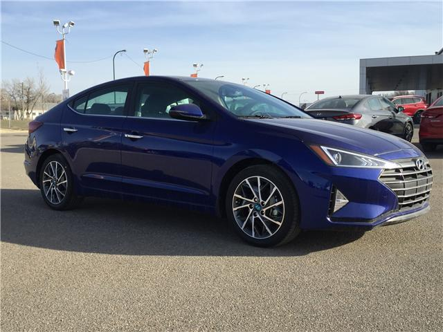 2019 Hyundai Elantra Luxury (Stk: 39114) in Saskatoon - Image 1 of 25