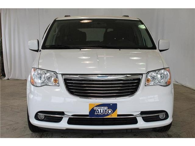 2015 Chrysler Town & Country Touring (Stk: 708141) in Milton - Image 2 of 42