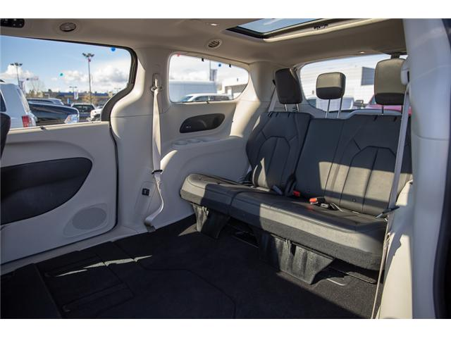 2018 Chrysler Pacifica Touring-L Plus (Stk: EE902120) in Surrey - Image 10 of 19