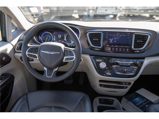 2018 Chrysler Pacifica Touring-L Plus (Stk: EE902120) in Surrey - Image 11 of 19