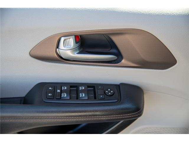 2018 Chrysler Pacifica Touring-L Plus (Stk: EE902120) in Surrey - Image 12 of 19