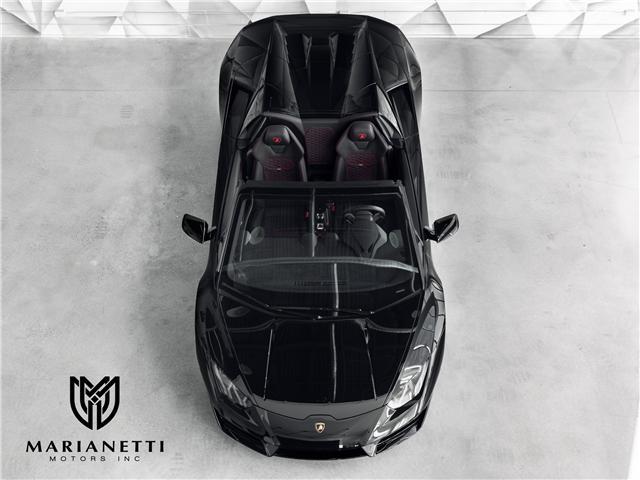 2018 Lamborghini Huracan Spyder RWD (Stk: ZHWCR2ZF3JLA10411) in Woodbridge - Image 2 of 44