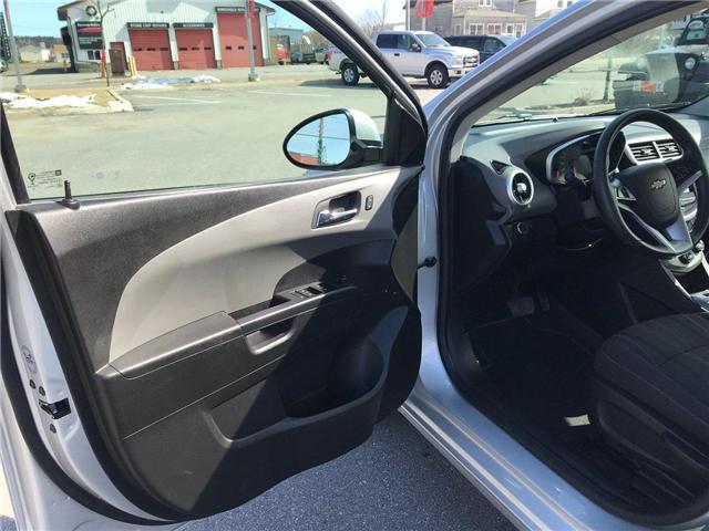 2017 Chevrolet Sonic LT Auto (Stk: P158446) in Saint John - Image 11 of 32