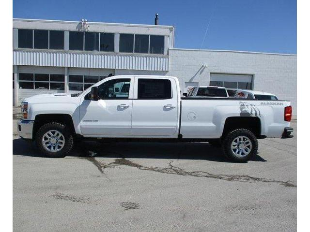 2019 Chevrolet Silverado 2500HD LT (Stk: 19494) in Peterborough - Image 2 of 3