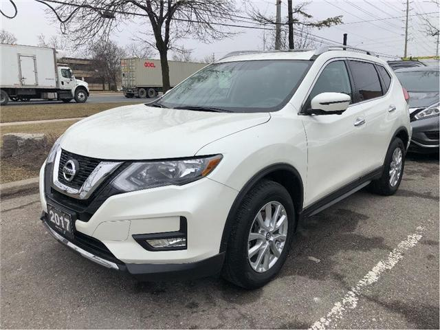 2017 Nissan Rogue SV (Stk: 769020P) in Brampton - Image 1 of 17