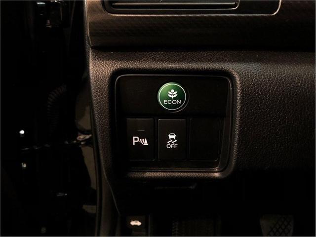 2016 Honda Accord Touring V6  2Dr w/ 6 Speed Manual Transmission (Stk: 38631) in Toronto - Image 23 of 30