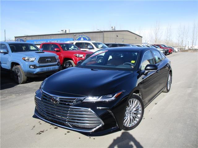 2019 Toyota Avalon Limited (Stk: 198002) in Moose Jaw - Image 1 of 32