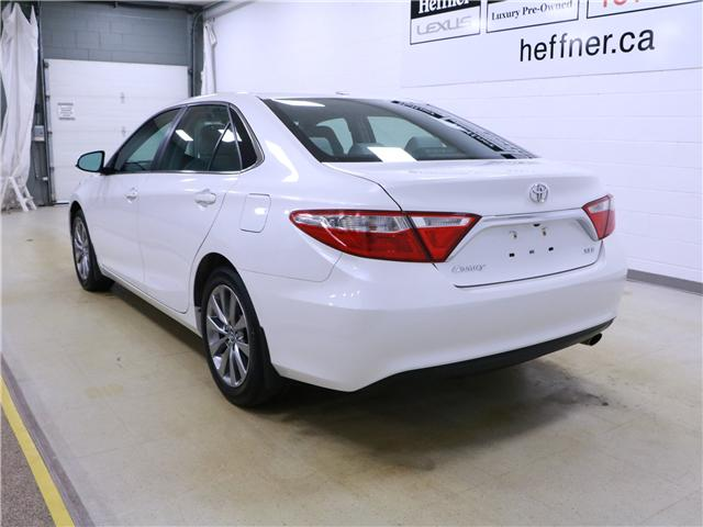 2016 Toyota Camry XLE (Stk: 195236) in Kitchener - Image 2 of 30