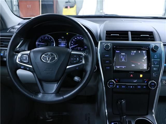 2016 Toyota Camry XLE (Stk: 195236) in Kitchener - Image 7 of 30