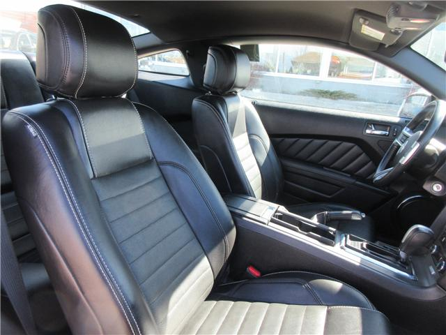 2013 Ford Mustang V6 Premium (Stk: 8827) in Okotoks - Image 2 of 21
