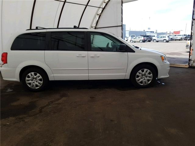 2015 Dodge Grand Caravan SE/SXT (Stk: 1912371) in Thunder Bay - Image 2 of 16