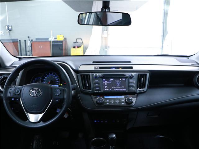 2015 Toyota RAV4 XLE (Stk: 195251) in Kitchener - Image 6 of 28