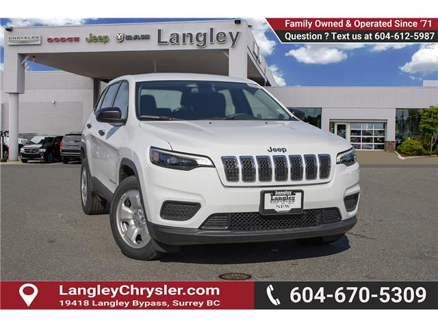 2019 Jeep Cherokee Sport (Stk: K393412) in Surrey - Image 1 of 24