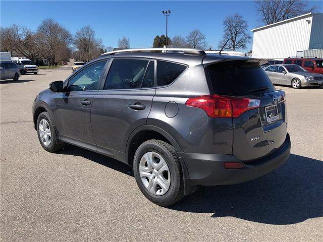 2015 Toyota RAV4 LE (Stk: U30118) in Goderich - Image 2 of 18