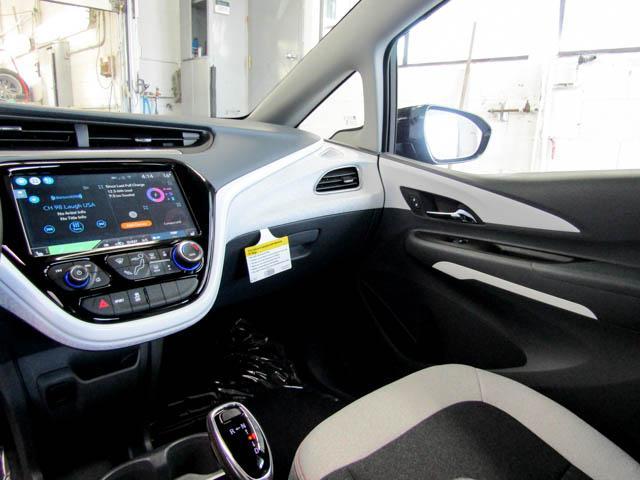 2019 Chevrolet Bolt EV LT (Stk: B9-00460) in Burnaby - Image 7 of 11