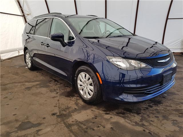2018 Chrysler Pacifica L (Stk: 1812311R) in Thunder Bay - Image 1 of 12
