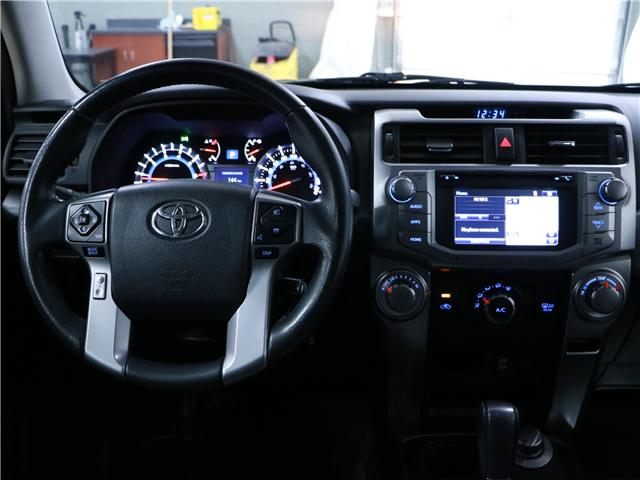 2016 Toyota 4Runner SR5 (Stk: 195208) in Kitchener - Image 7 of 30