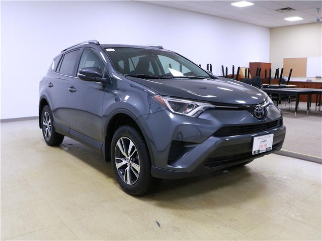 2018 Toyota RAV4 LE (Stk: 195274) in Kitchener - Image 4 of 27