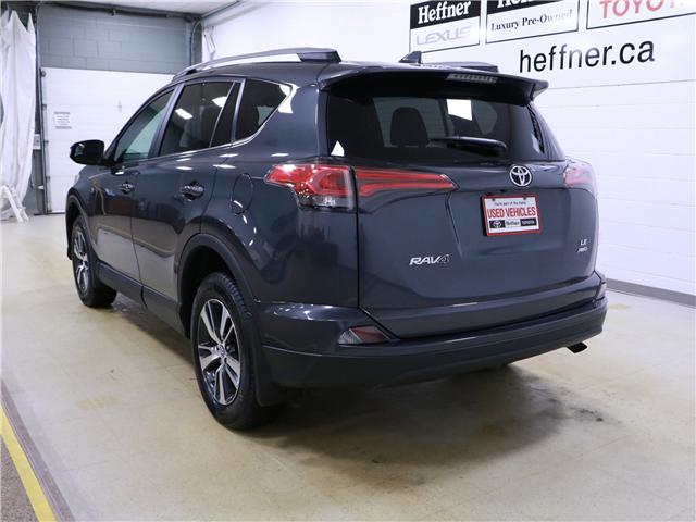 2018 Toyota RAV4 LE (Stk: 195274) in Kitchener - Image 2 of 27