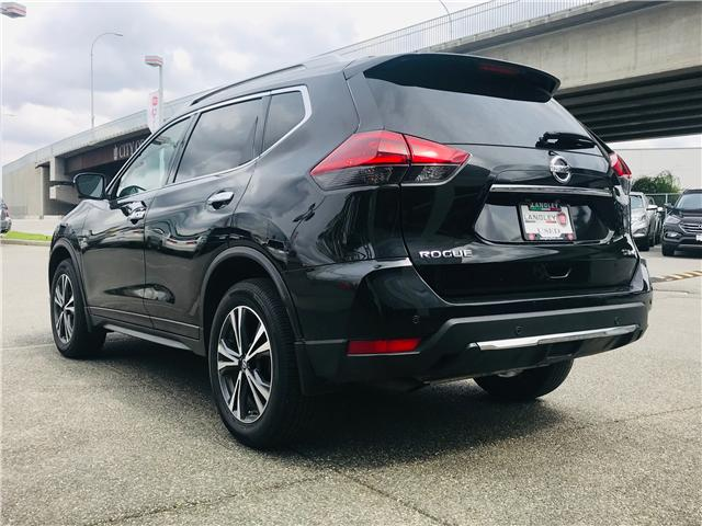 2019 Nissan Rogue SV (Stk: LF010100) in Surrey - Image 6 of 30