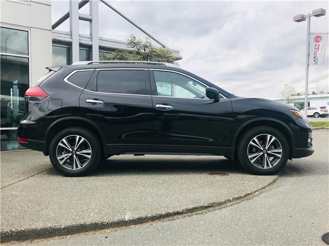 2019 Nissan Rogue SV (Stk: LF010100) in Surrey - Image 12 of 30