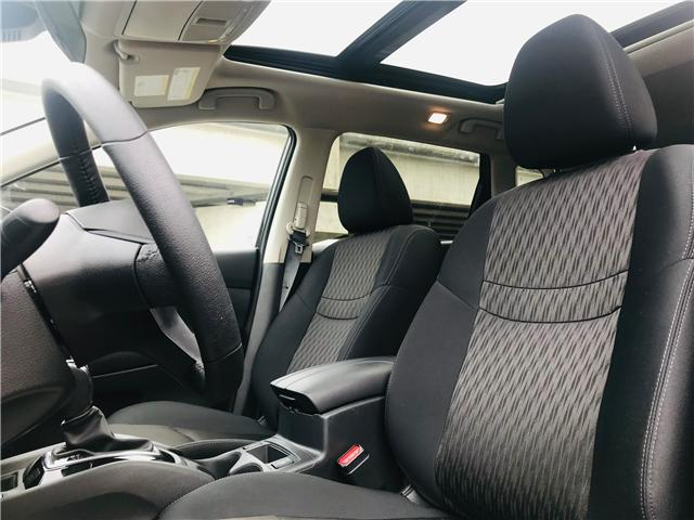 2019 Nissan Rogue SV (Stk: LF010100) in Surrey - Image 14 of 30