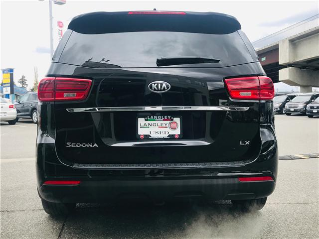 2019 Kia Sedona LX (Stk: LF010070) in Surrey - Image 7 of 30