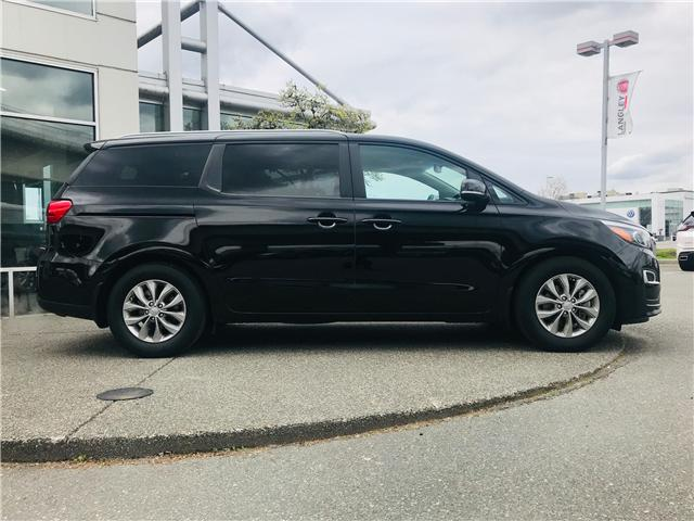 2019 Kia Sedona LX (Stk: LF010070) in Surrey - Image 10 of 30